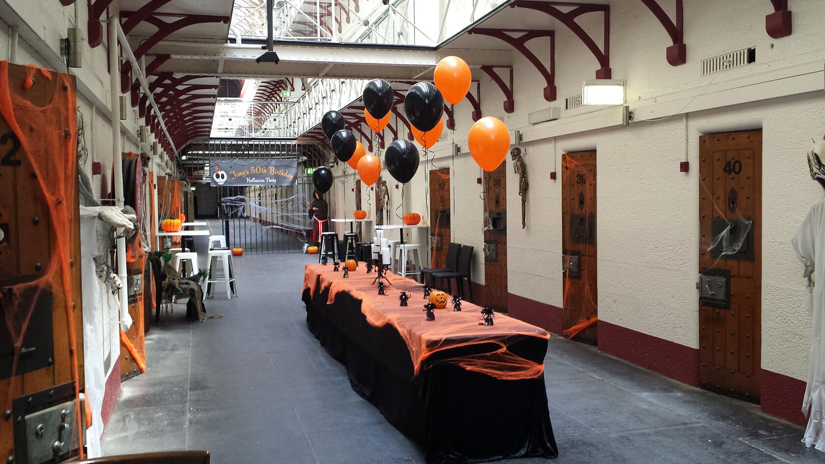CE-34 - corporate - stunning decor balloons for event - shivoo balloons and decor specialists in coburg north