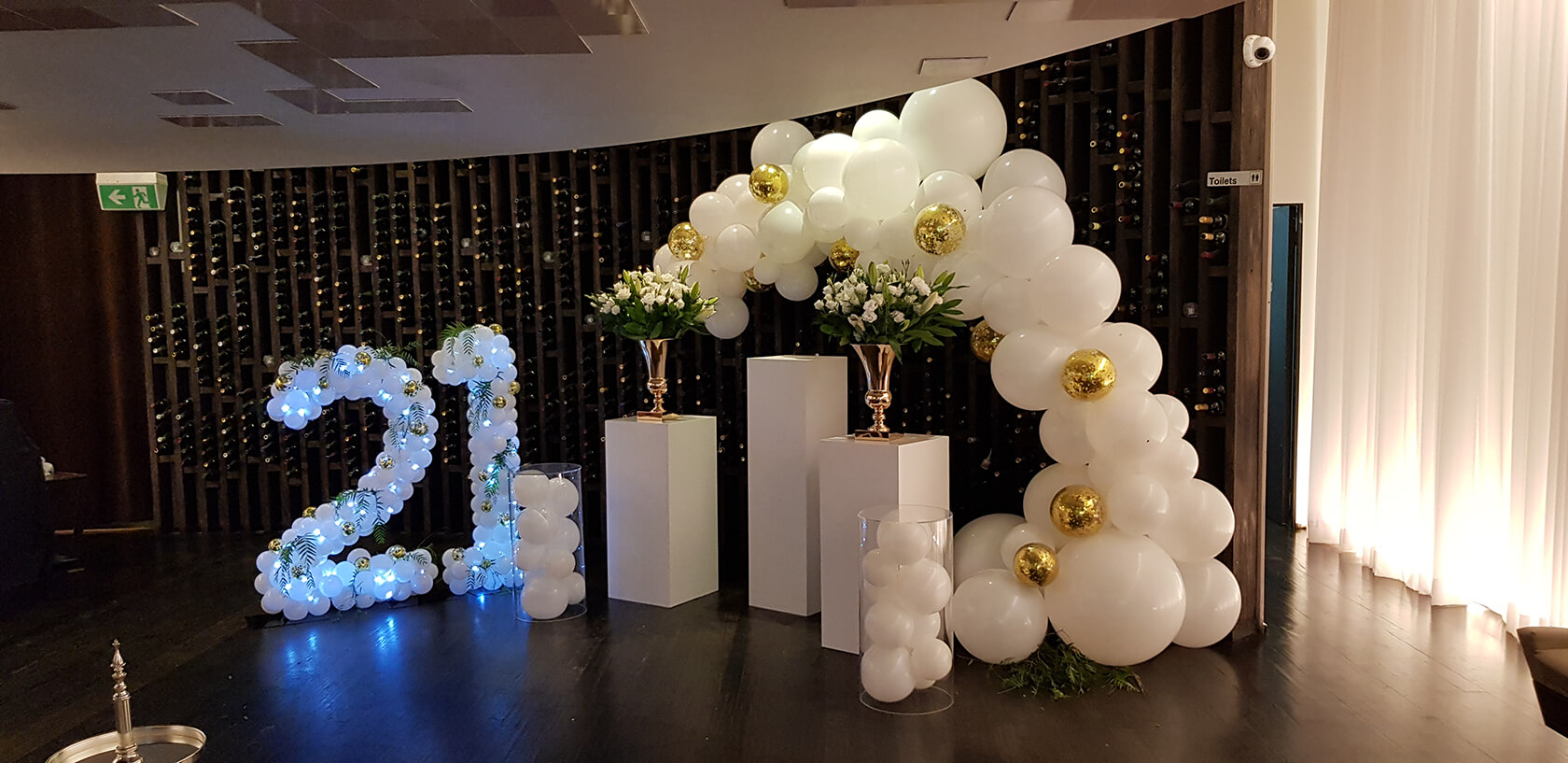 Elegant Balloon Arrangements - see our events - celebration balloons - shivoo balloons and decor specialists in coburg north