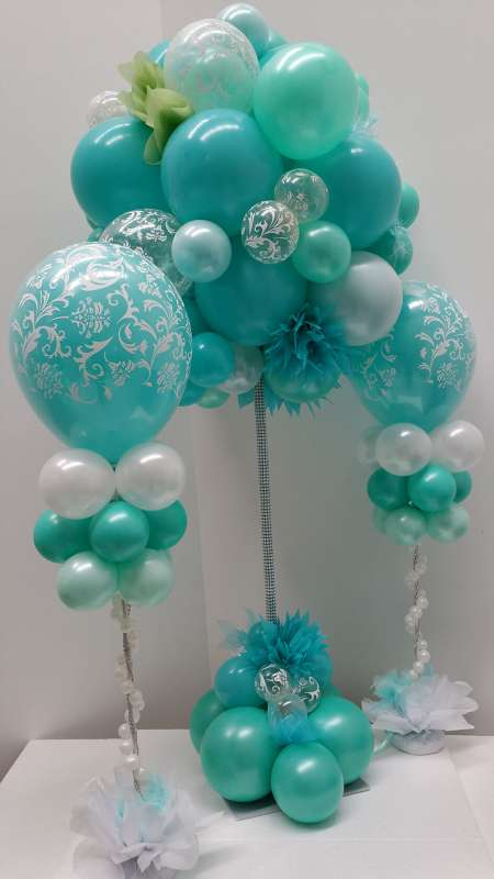 CP-12 - centrepieces - crafting our balloon designs - shivoo balloons and decor specialists in coburg north