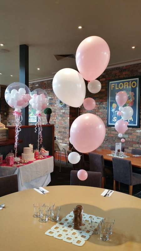 CP-15 - centrepieces - great balloon ideas - shivoo balloons and decor specialists in coburg north