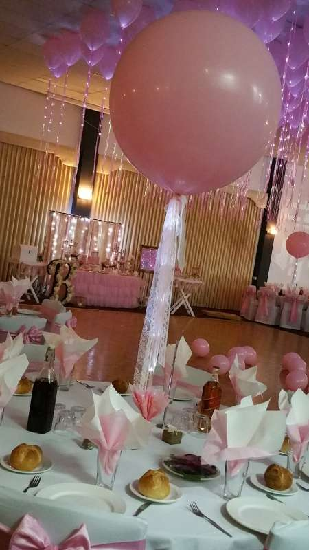 CP-17 - centrepieces - Coburg Balloon Artists - shivoo balloons and decor specialists in coburg north