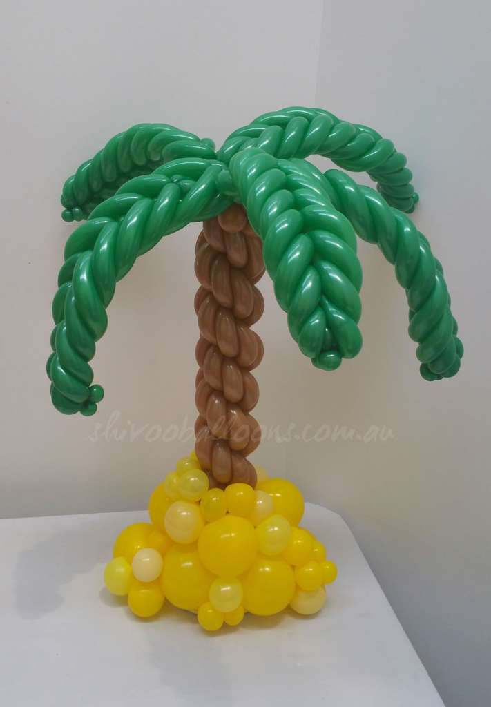 Centrepieces - image CP-23-711x1024 on https://shivooballoons.com.au
