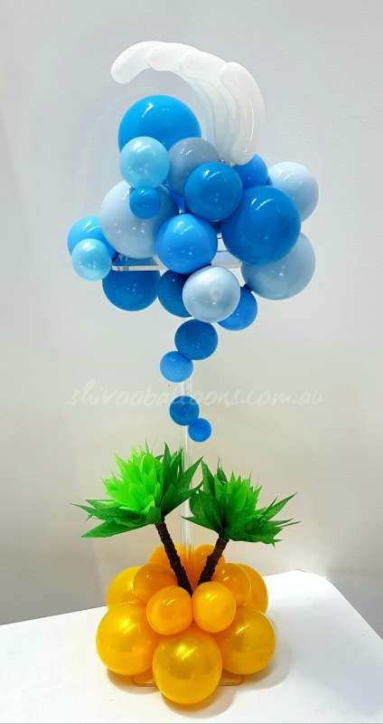 CP-25 - centrepieces - beautiful balloon backdrop - shivoo balloons and decor specialists in coburg north