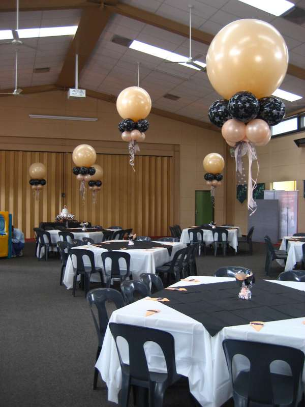 CP-29 - centrepieces - creating designs for events - shivoo balloons and decor specialists in coburg north