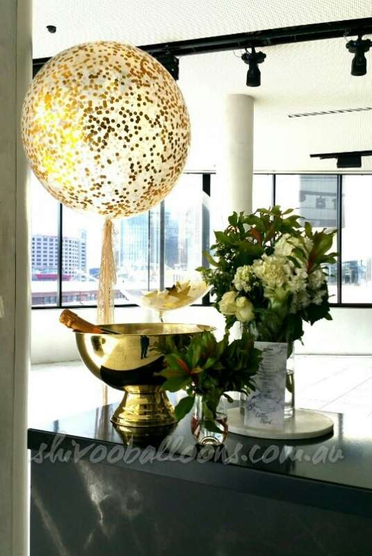 CP-3 - centrepieces - corporate event decor ideas - shivoo balloons and decor specialists in coburg north