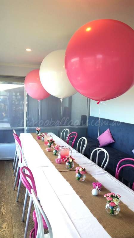 CP-36 - centrepieces - balloon designs - shivoo balloons and decor specialists in coburg north
