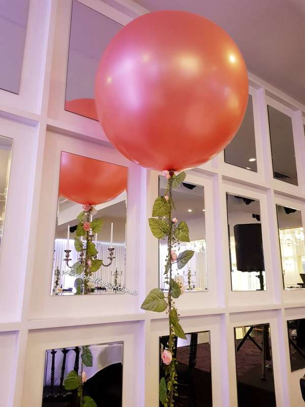 FD-12 - floor displays - great balloon ideas - shivoo balloons and decor specialists in coburg north