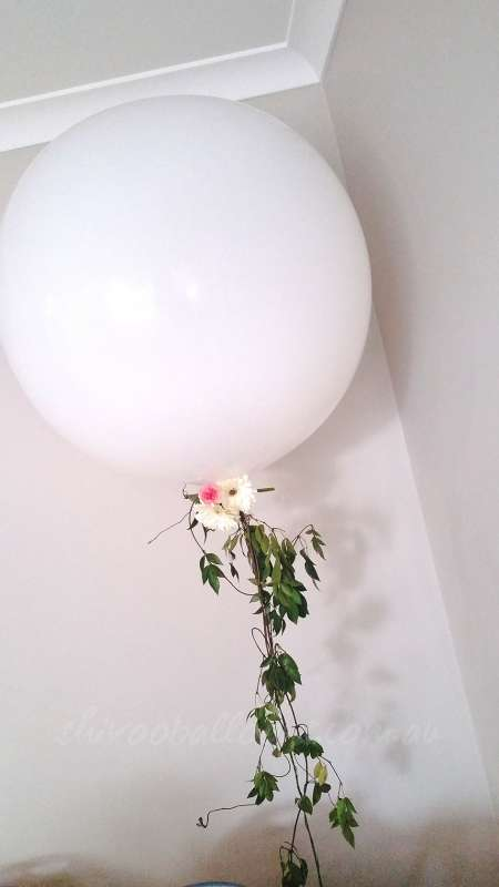 FD-17 - floor displays - stunning decor balloons for event - shivoo balloons and decor specialists in coburg north