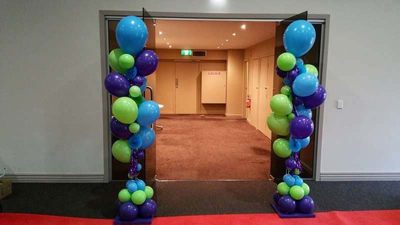 FD-5 - floor displays - balloon artist Coburg North - shivoo balloons and decor specialists in coburg north