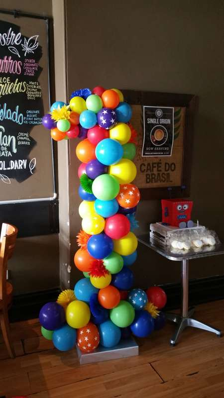 FD-6 - floor displays - Organic Balloon private functions decor - shivoo balloons and decor specialists in coburg north